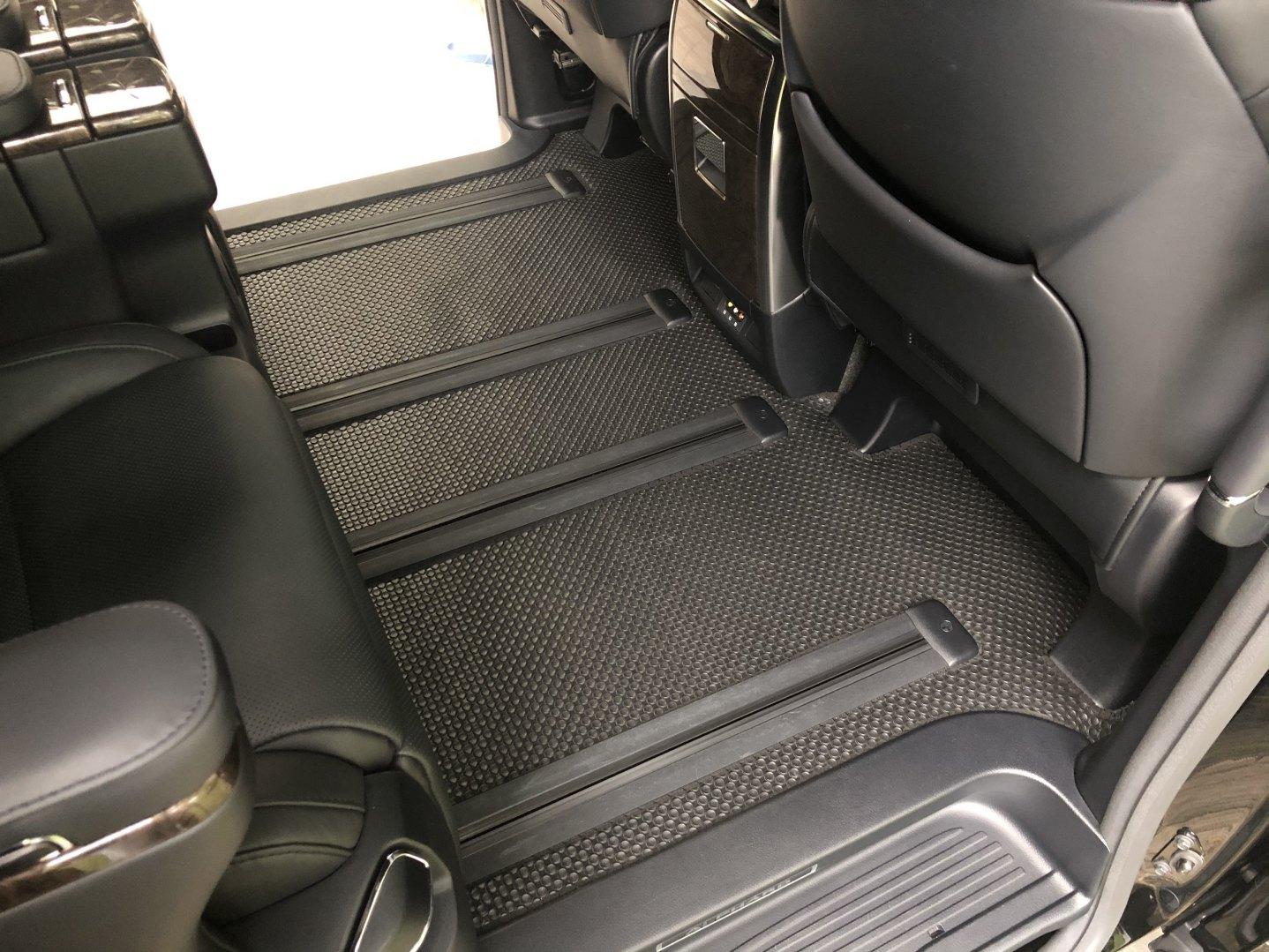 Thảm lót sàn Toyota Alphard