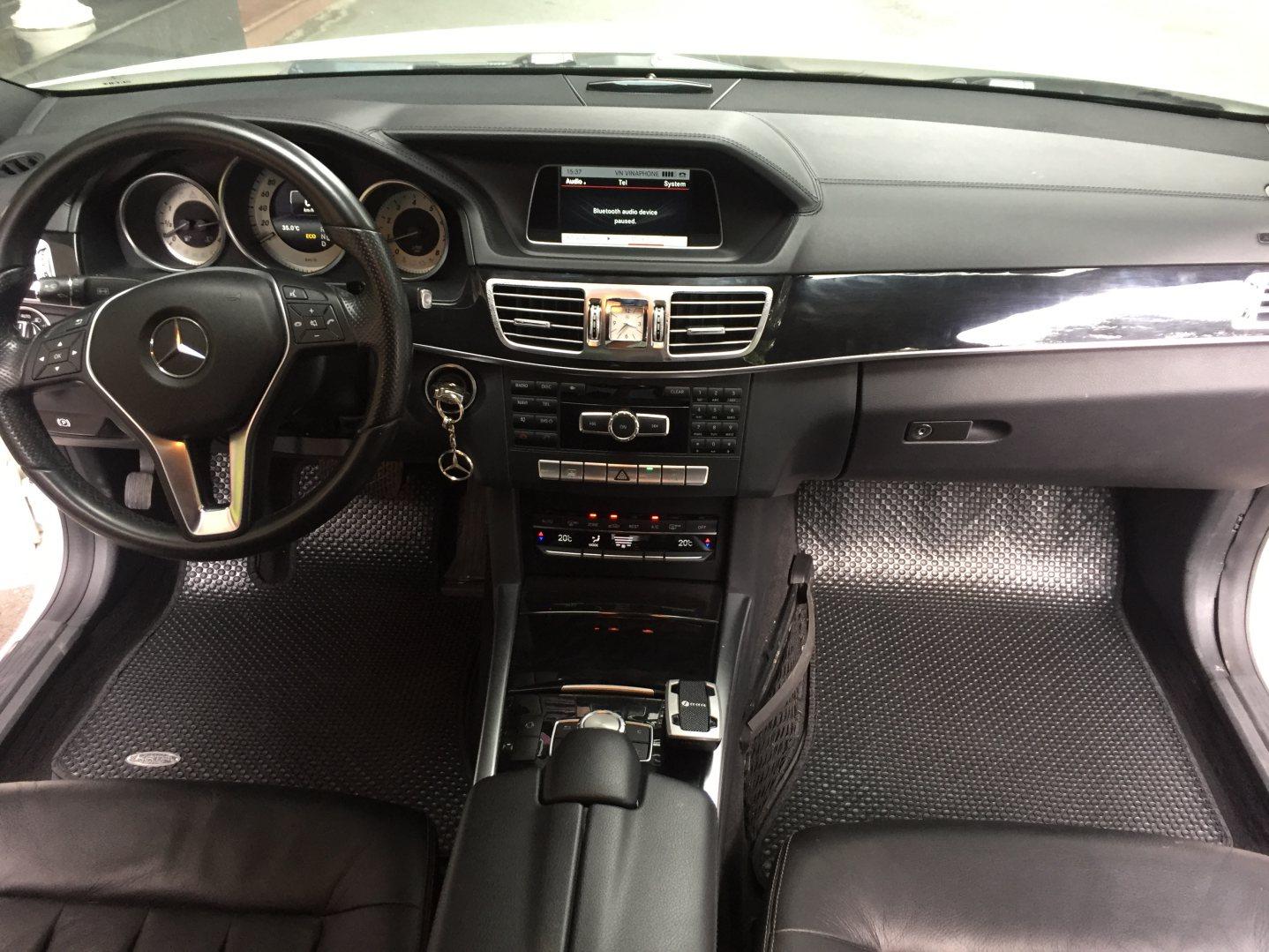 Thảm lót sàn Mercedes E Class W212
