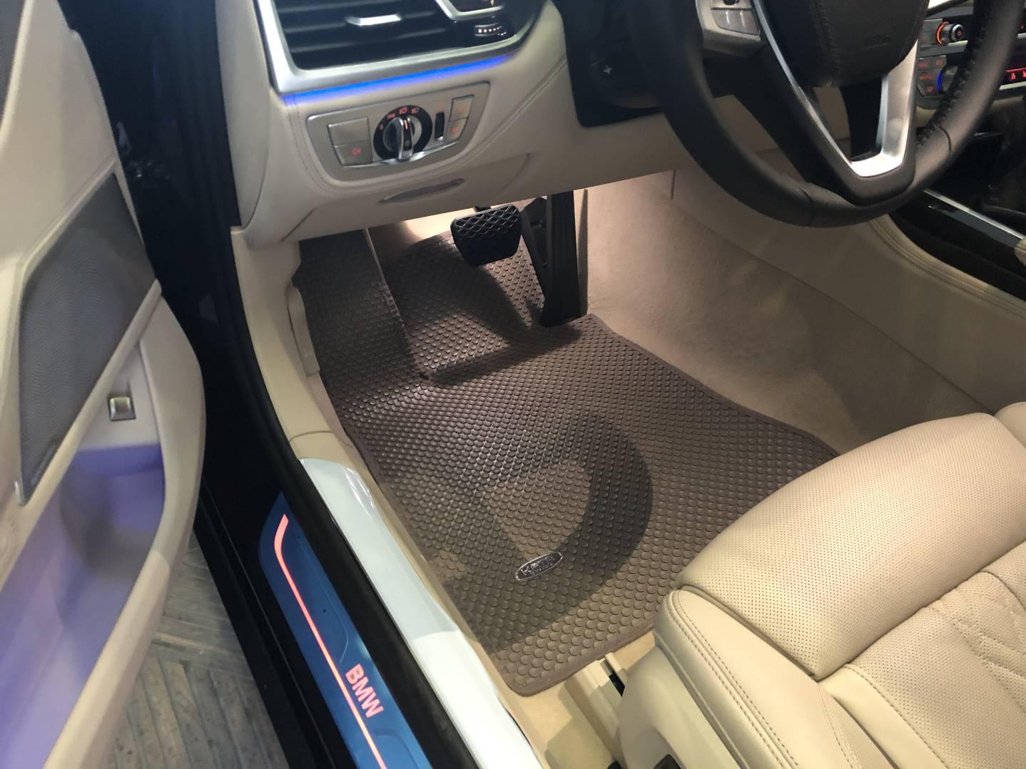 Thảm lót sàn BMW 730LI Pure Excellence 2021
