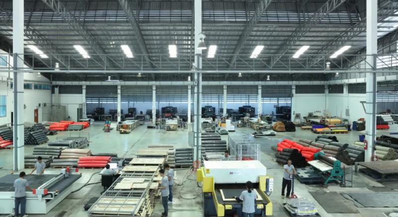 Khu sản xuất thảm lót sàn ô tô Back Liners