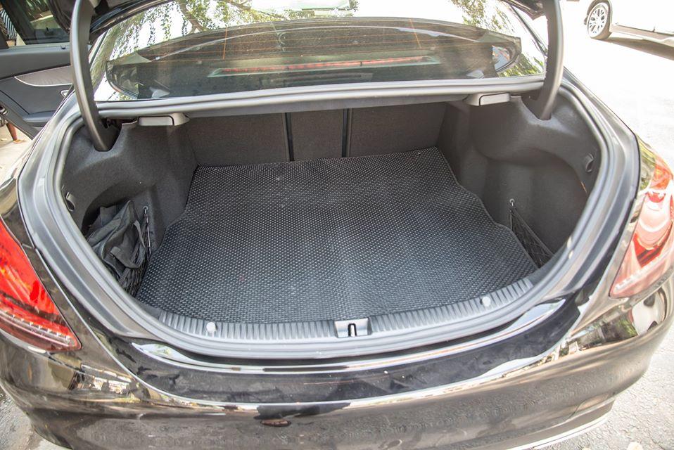 Thảm lót cốp Mercedes C Class W205