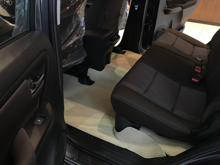 Thảm lót sàn ô tô Toyota Fortuner
