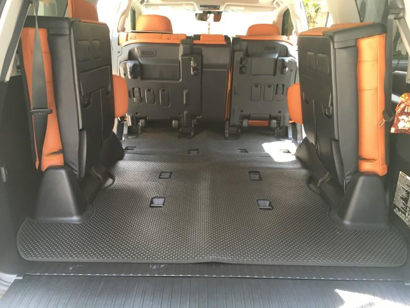 Thảm lót sàn ô tô Lexus LX570