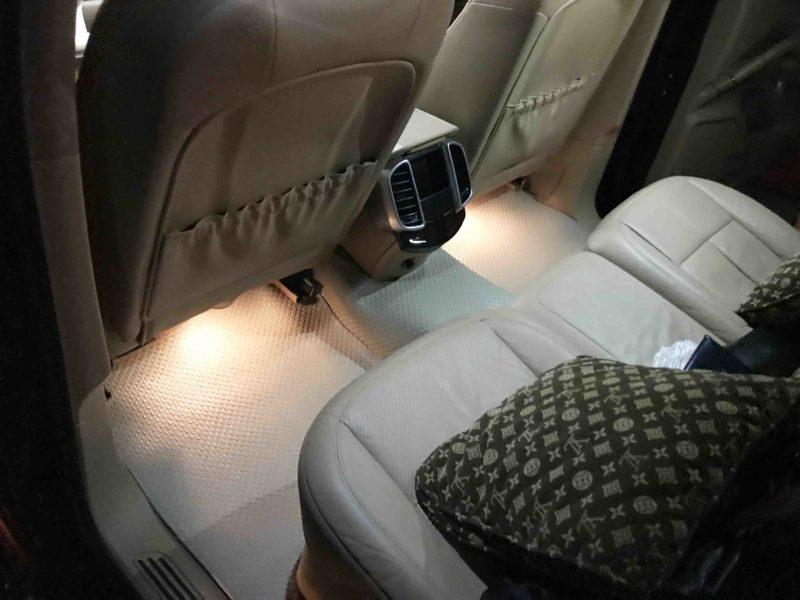 Thảm lót sàn ô tô Porsche Cayenne
