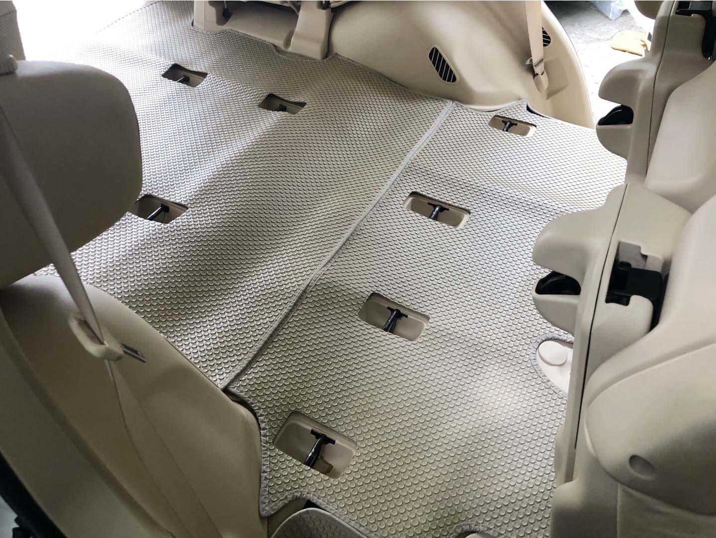 Thảm lót sàn Lexus LX570 2015