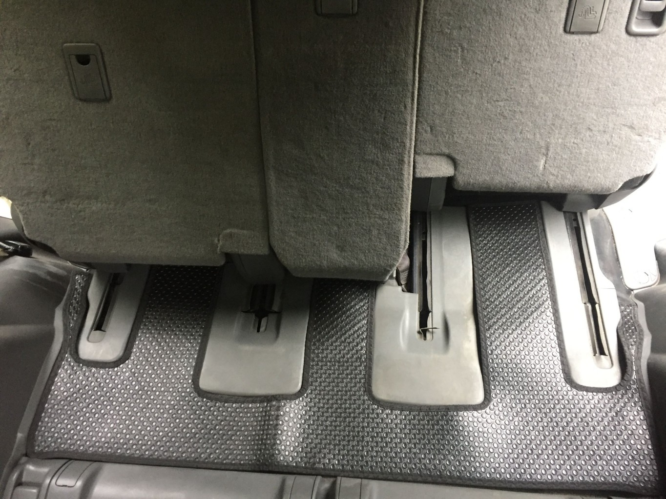 Thảm lót sàn Toyota Prado