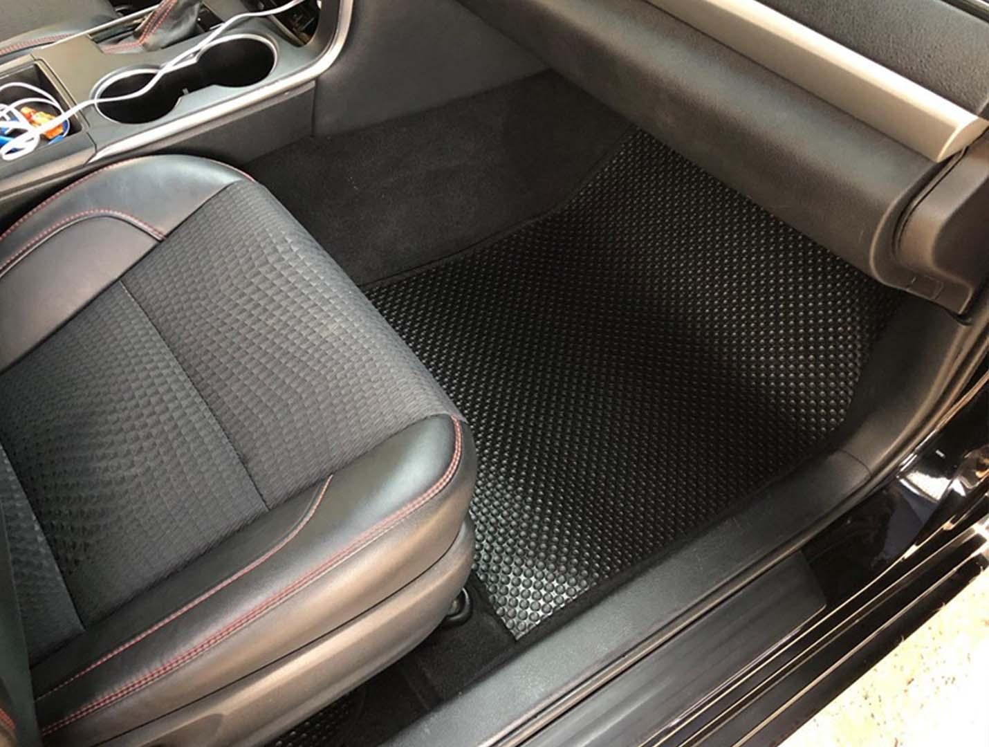 Thảm lót sàn Toyota Camry 2018