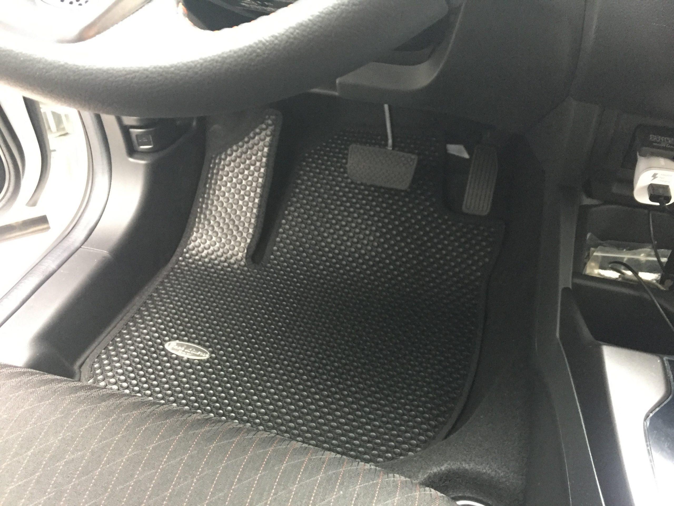 Chi tiết bộ thảm lót sàn Honda Jazz