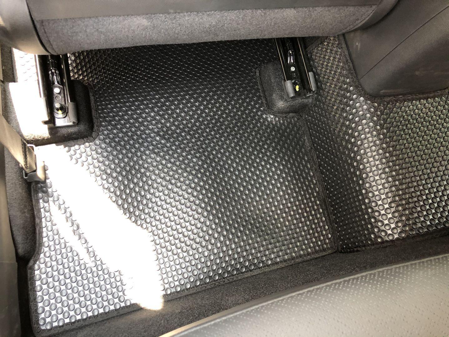 Thảm lót sàn Hyundai Kona 2020