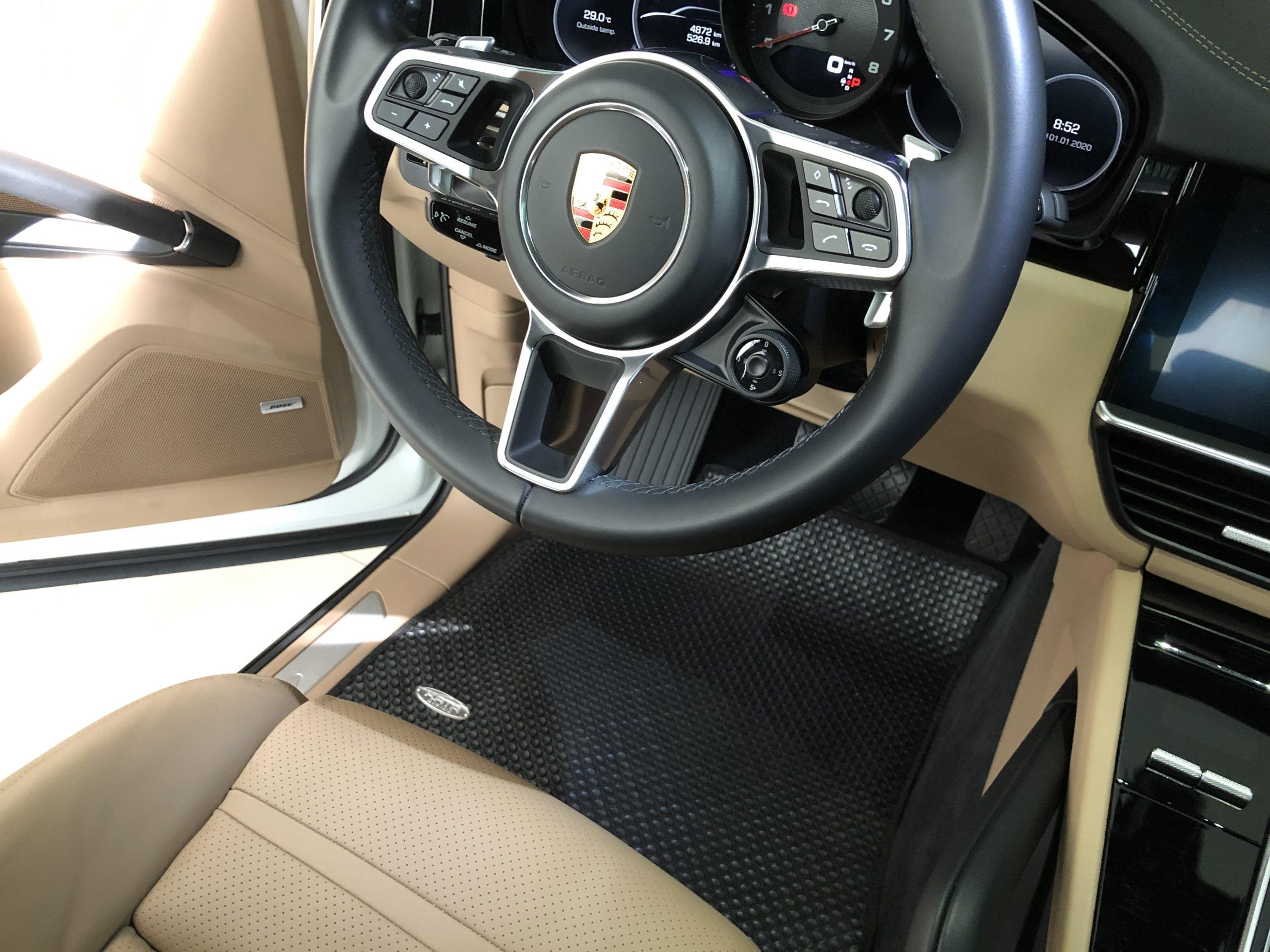 Thảm lót sàn Porsche Cayenne 2018