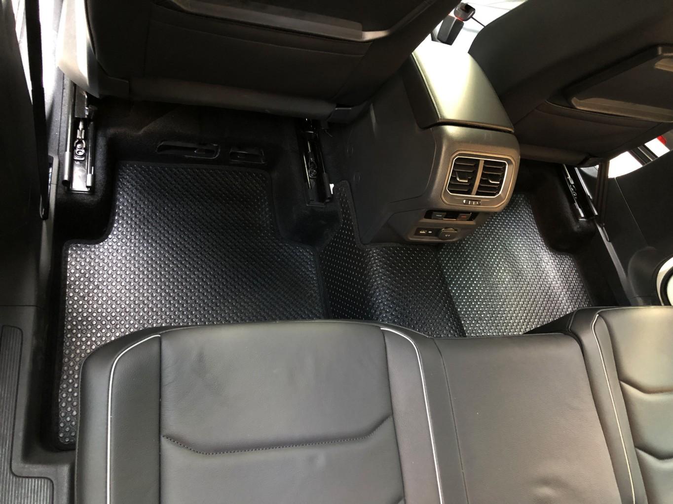 Thảm lót sàn Volkswagen Tiguan Allspace 2019