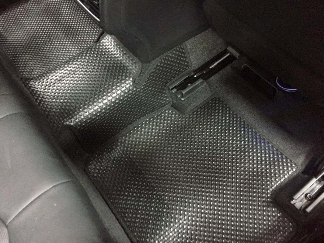 Thảm lót sàn Toyota Camry 2019