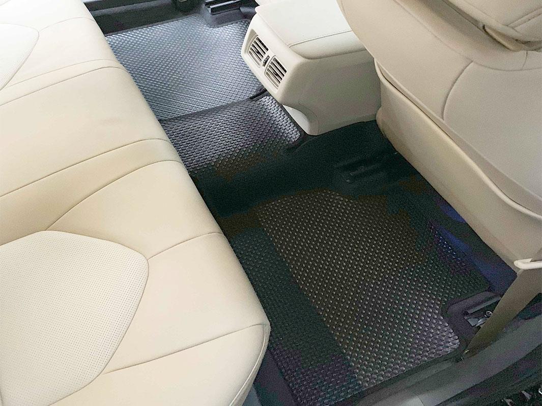 Thảm lót sàn Toyota Camry 2020