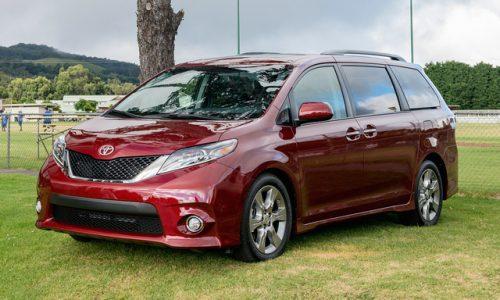 Thảm lót sàn Toyota Sienna