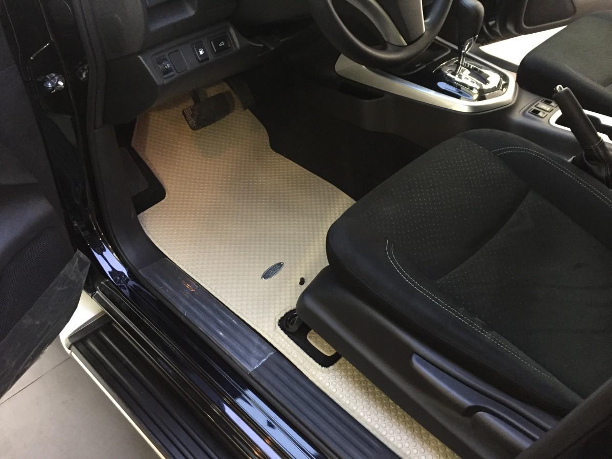 Thảm lót sàn Nissan Terra 2019