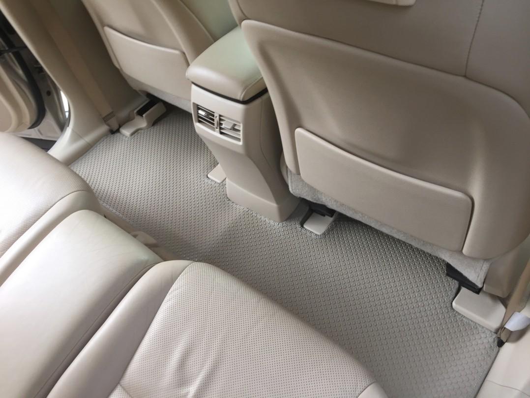 Thảm lót sàn Lexus RX350 2010