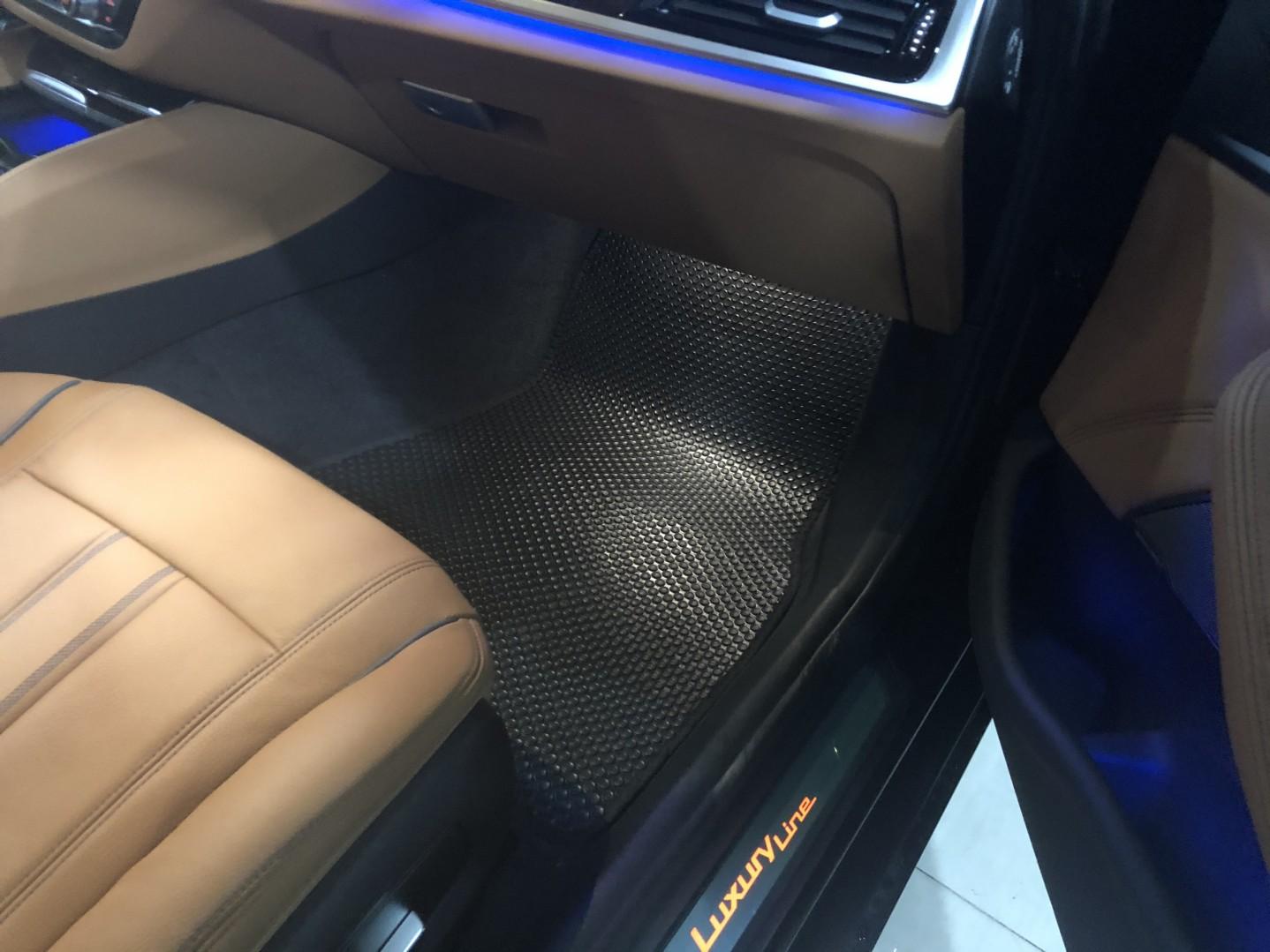 Thảm lót sàn BMW 530i 2020