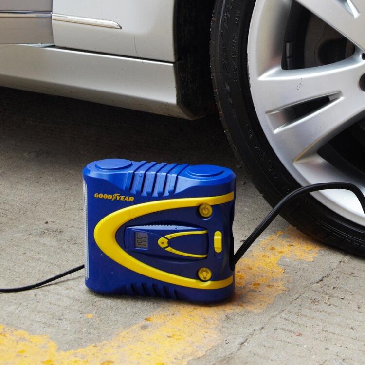 Bơm lốp ô tô GoodYear