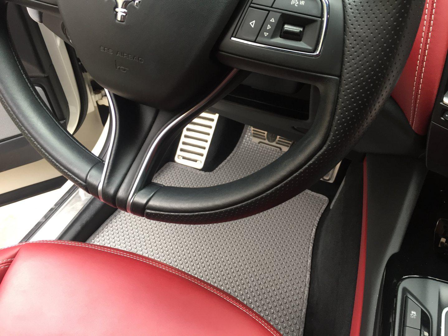 Thảm lót sàn ô tô Maserati Levante