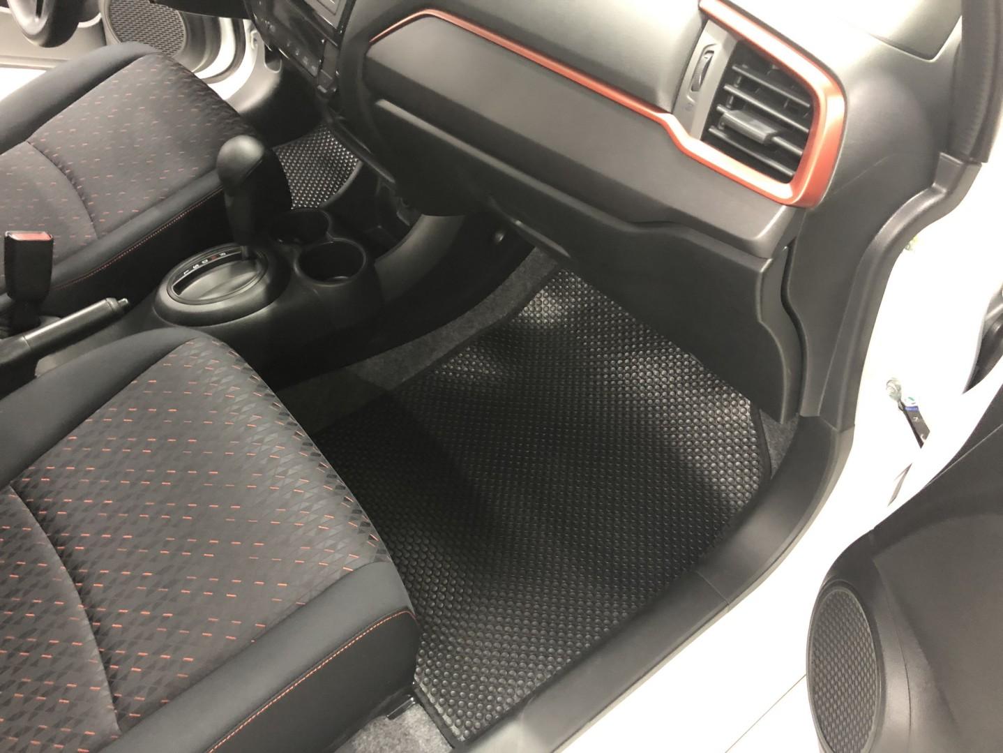 Tấm Phụ Thảm lót sàn Honda Brio