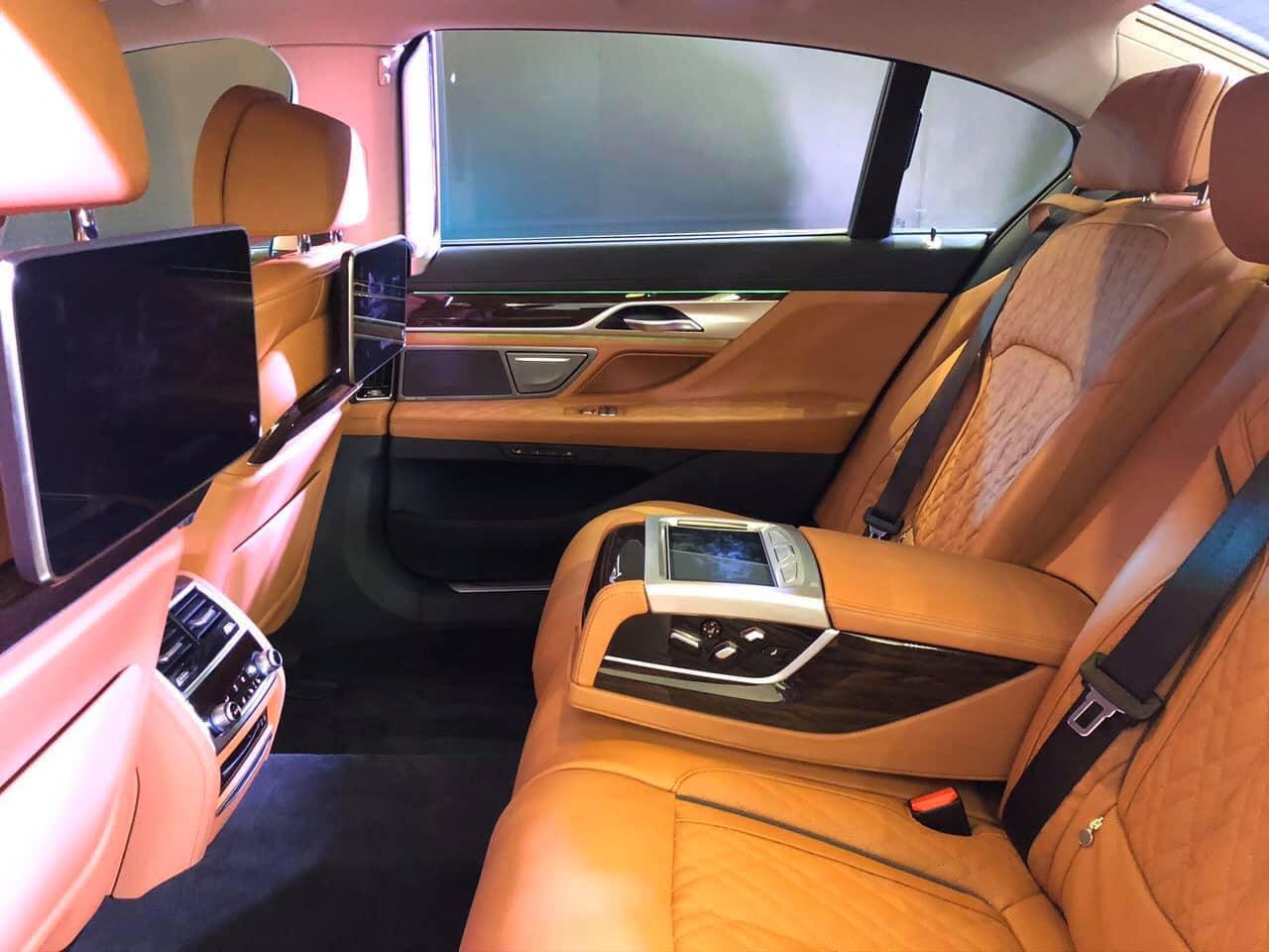 BMW_Series_740i_2020