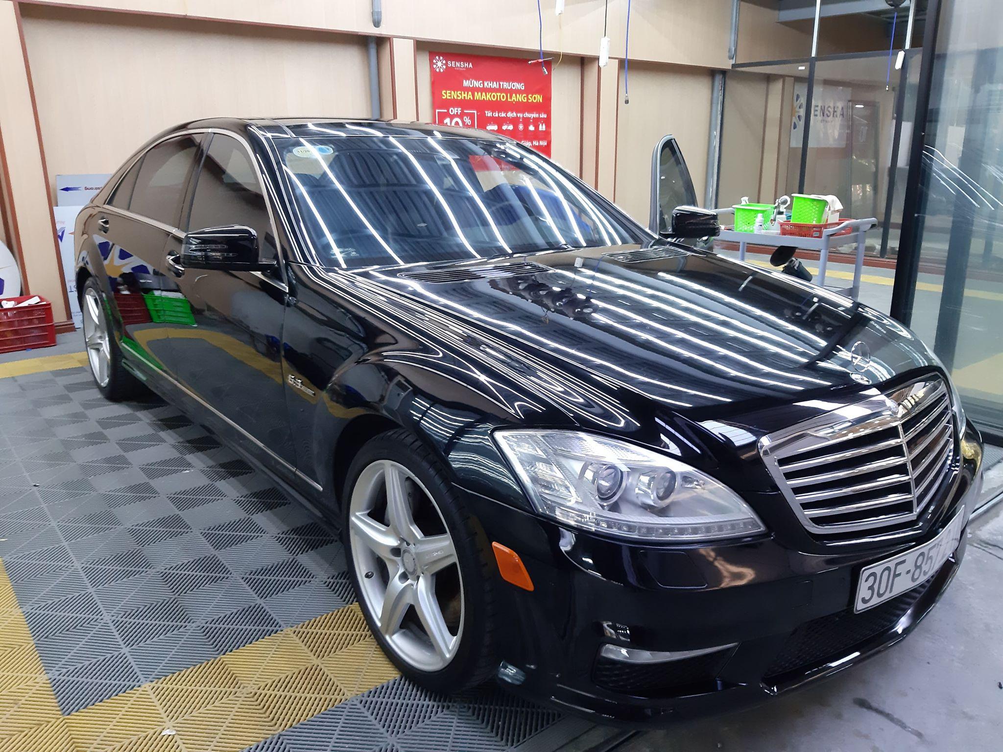 Mercedes S63 W221