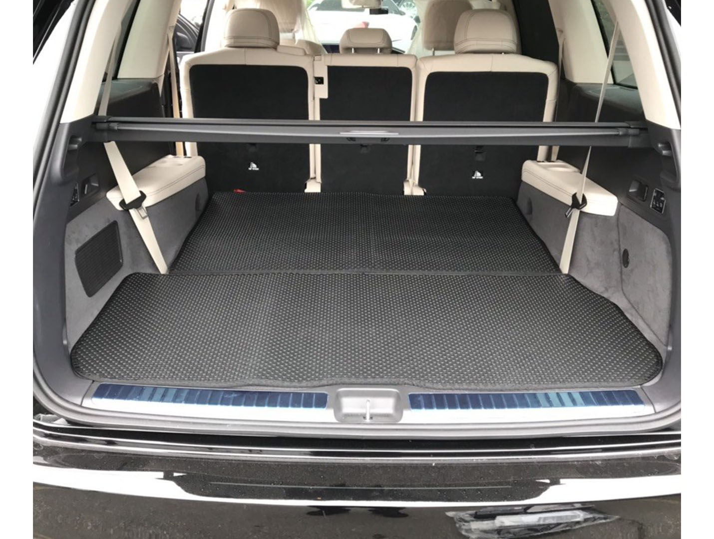 Thảm lót cốp Mercedes GLS 2020