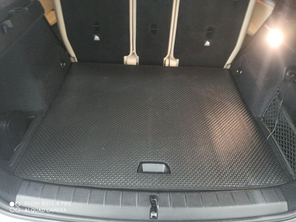 Thảm lót cốp BMW X1 2020