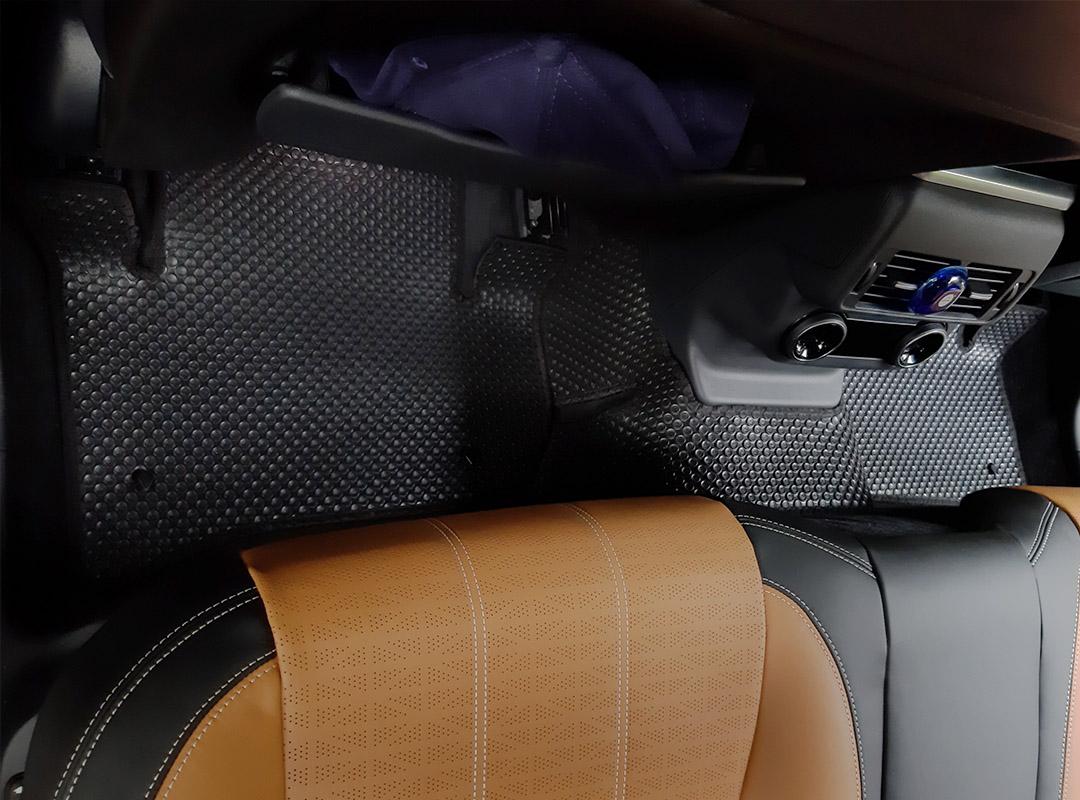 Thảm lót sàn Range Rover Velar 2020
