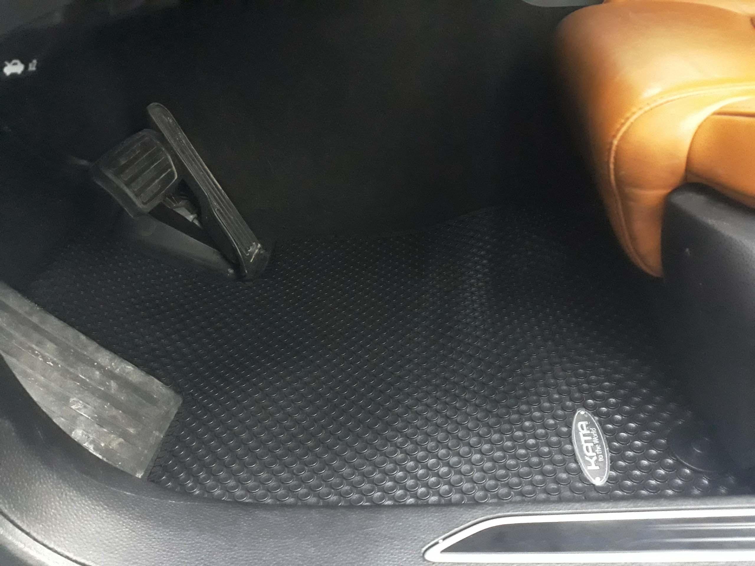 Thảm lót sàn Cadillac CT6 2018