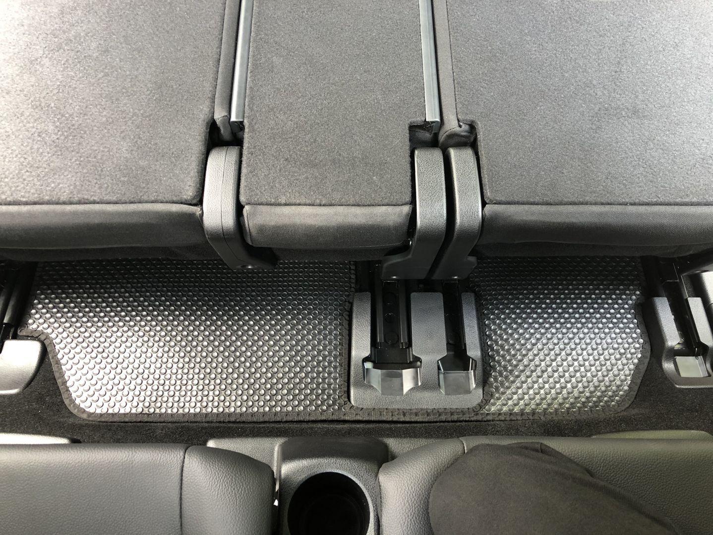 Thảm lót sàn BackLiners Mercedes GLB 2020