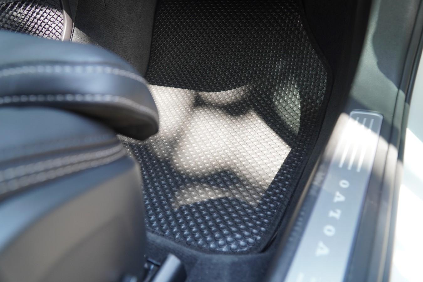 Thảm lót sàn Volvo V90 Cross Country 2020