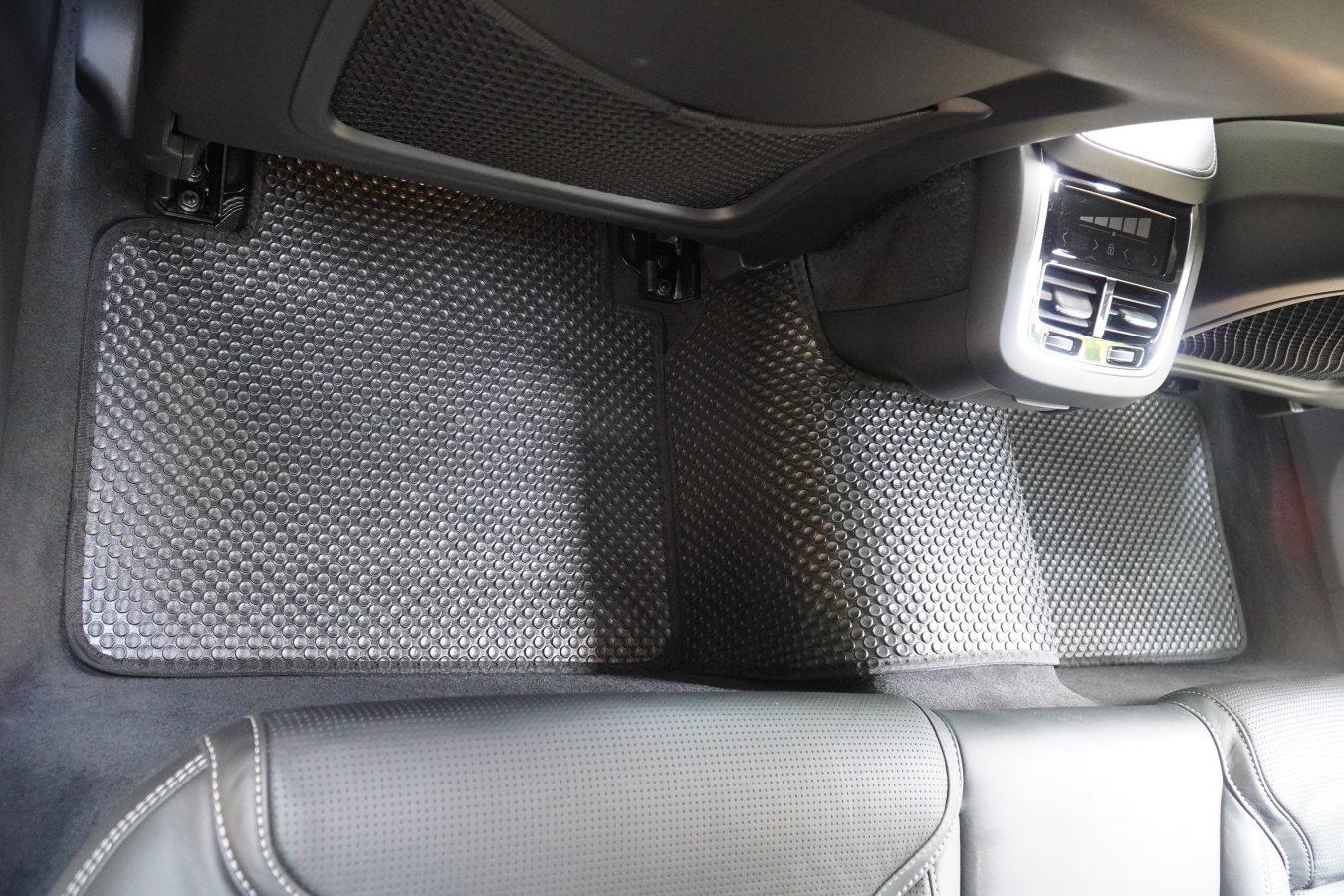 Thảm lót sàn Volvo V90 2020