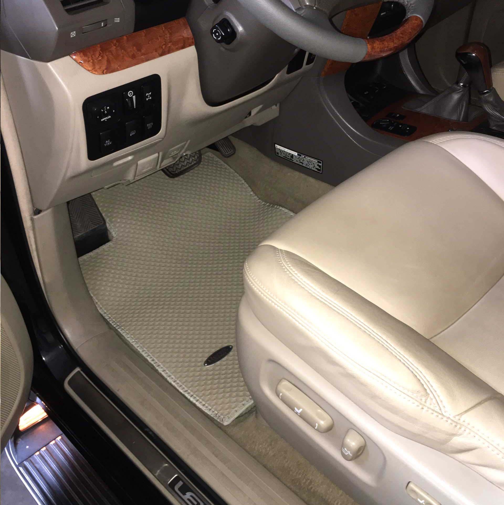 Thảm lót sàn Lexus GX470 2008