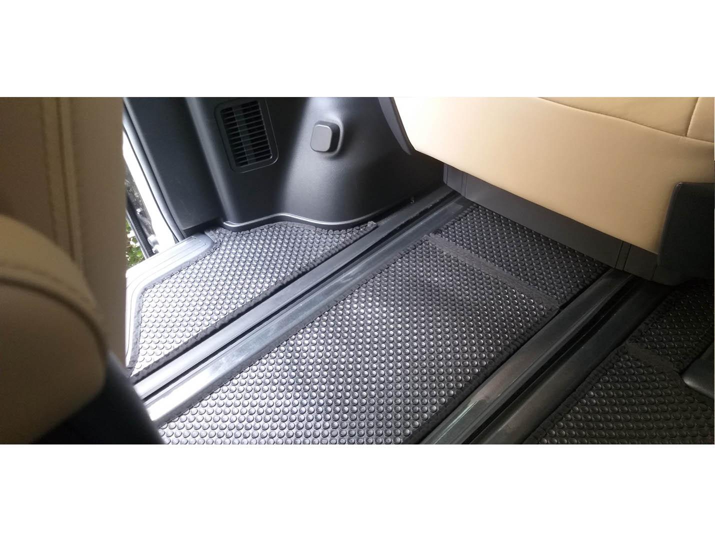 Thảm lót sàn KATA Toyota Granvia 2020