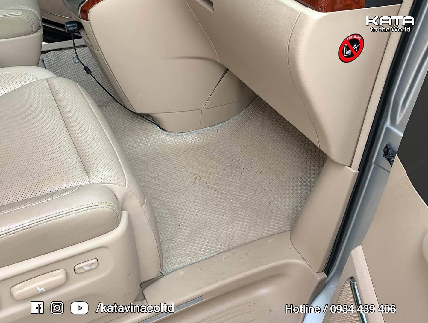 Thảm lót sàn Toyota Alphard 2015