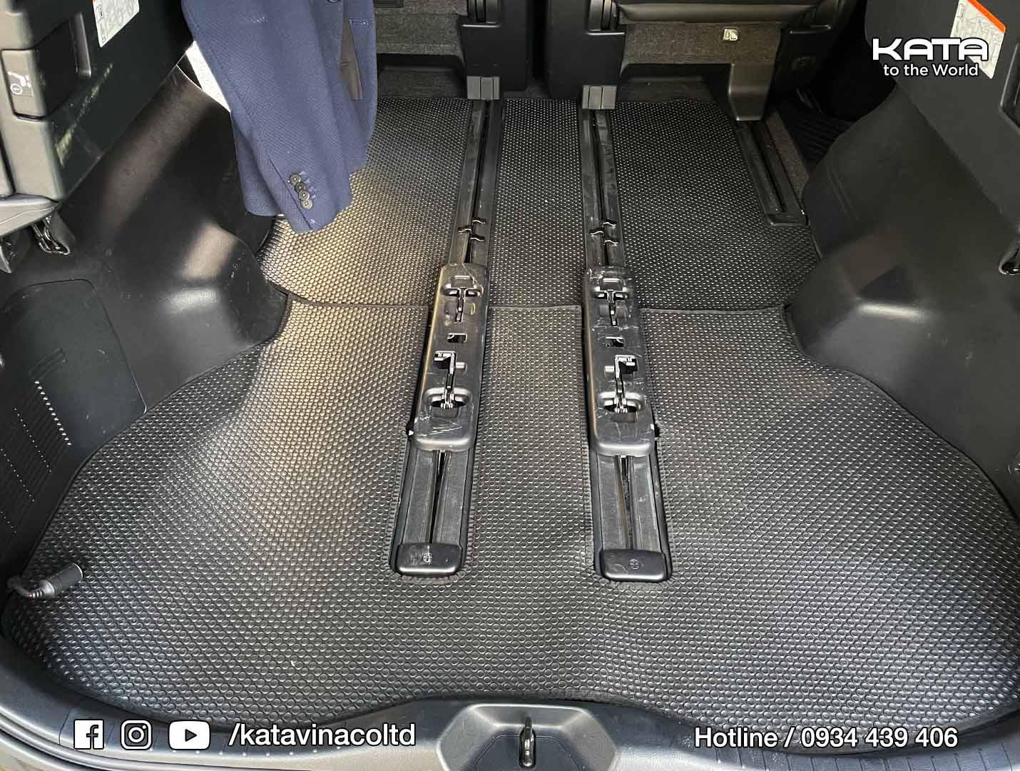 Thảm lót sàn Lexus LM350 2021